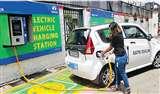 इलेक्ट्रिक कारों को खरीदने में सरकार कर रही देरी, खरीदनी हैं 10000 ईवी