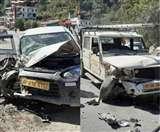 बोलेरो कैंपर की पर्यटक वाहन से टक्कर, हमीरपुर निवासी की मौत, पालमपुर का दंपती घायल