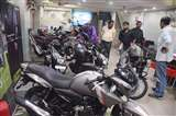 Deepavali Festival : इलेक्ट्रानिक्स सामानों और वाहनों की बिक्री में उछाल, दुकानदारों की बल्ले-बल्ले Prayagraj News