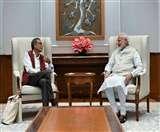 पीएम से मिले नोबेल विजेता अभिजीत बनर्जी, मोदी ने ट्वीट कर कहा- देश को इनकी उपलब्धियों पर गर्व