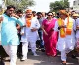 सांसद की पदयात्रा का अंतिम चरण पूरा, बोलीं मोदी और योगी की अगुवाई में हो रहा देश का विकास Agra News