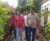 Jharkhand Assembly Election 2019: कांग्रेस की दरकती जमीन बचाने लोहरदगा पहुंचे उमंग सिंघार, सुखदेव भगत संग कर रहे चर्चा