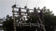 बिजली नहीं रहने से उपभोक्ता परेशान