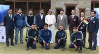 मुख्यमंत्री ने पर्वतारोही दल को दिखाई हरी झंडी
