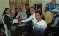 तिपहिया वाहनों को नए परमिट जारी करने का विरोध