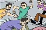 मेडिकल में गार्ड का नाम पूछा, फिर बुरी तरह पीटा, ये है वजह Aligarh News