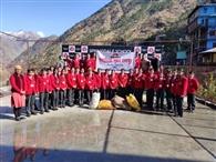 रामपुर को प्लास्टिक मुक्त करने में जुटे विद्यार्थी