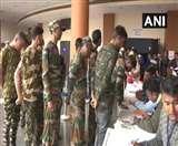 असम में 177 हथियारों के साथ 644 आतंकवादियों ने किया आत्मसमर्पण
