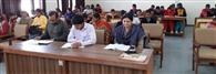 दुर्गा शक्ति एप से कराया छात्राओं को रू-बू-रू