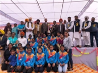 लड़कियों के सरकारी स्कूल को एक करोड़ की ग्रांट