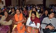 त्रिपुरा की कला-संस्कृति को एसएम की छात्राओं ने जाना