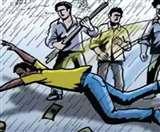 मध्य प्रदेश के सीहोर में युवक और नाबालिग को ग्रामीणों ने पीटा, युवक के बाल भी काटे