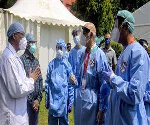 भारत में कोरोना वायरस के मरीज तेजी से बढ़ रहे हैं (फाइल फोटो)