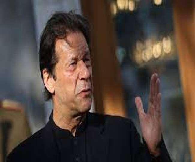बढ़ते कोरोना मामलों के बीच परीक्षाएं आयोजित कर रहा पाकिस्तान, PM इमरान खान हुए ट्रोल
