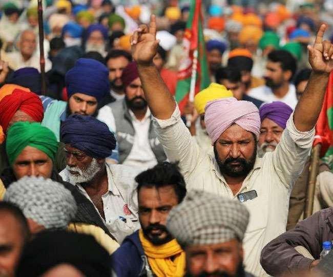 कुंडली बार्डर पर चल रहे आंदोलन में पंजाब व अन्य स्थानों से किसानों का आना शुरू हो गया है।
