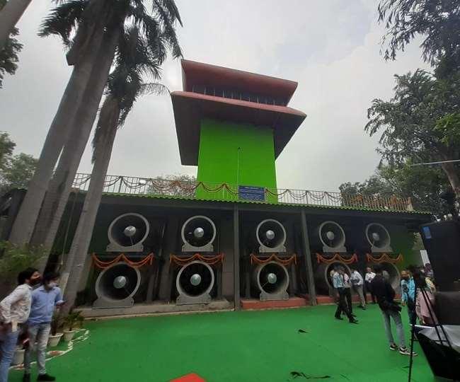 Delhi CM Arvind Kejriwal inaugurates smog tower at Connaught Place
