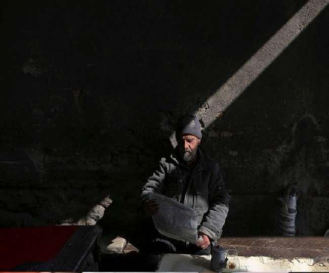 अफगानिस्तान में वित्तीय संकट के चलते अखबार छपने हुए बंद, आनलाइन हो रहा प्रकाशन