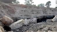 कापासारा आउटसोíसंग में अवैध उत्खनन के दौरान मलवा गिरने से एक की मौत