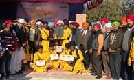 बाबा दीप सिंह गतका अखाड़ा भिखीविंड ने जीता कप