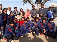 नेशनल गेम में भाग लेने राज्य महिला फुटबॉल टीम नागपुर रवाना