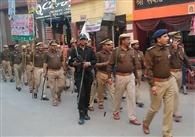 शांति व्यवस्था रखें कायम पुलिस ने किया रूट मार्च
