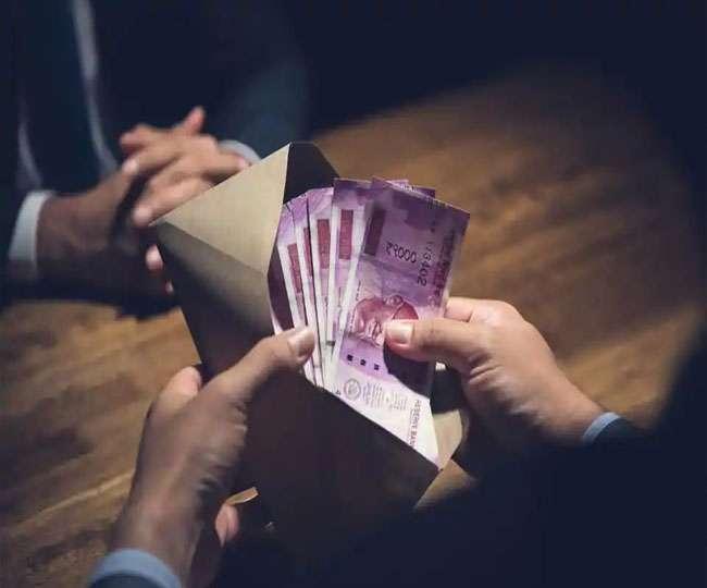 चुनावी दौड़ से बाहर होंगे भ्रष्टाचारी ग्राम प्रधान, नो-ड्यूज जारी नहीं करने का आदेश Noida News