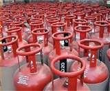 उपभोक्ताओं से छल : गैस एजेंसियां रोजाना ग्राहकों से ठग रहीं हजारों रुपये Meerut News