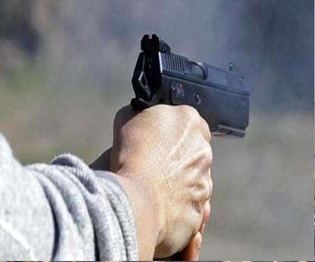 छत्तीसगढ़: बीजापुर बस में हुई फायरिंग, CRPF हेड कांस्टेबल की मौत सहित एक शख्स घायल