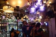 रंग बिरंगी लाइटों और झूमर से सज गया दिवाली का बाजार