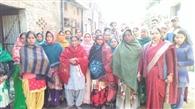 प्रेमनगर में चोरों ने किया नाक में दम, लोगों का पुलिस के खिलाफ प्रदर्शन
