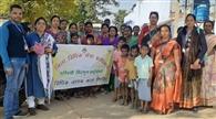 दुम्बीसाई में मतदाताओं को किया जागरूक
