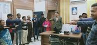 राष्ट्रीय मतदाता दिवस पर अधिकारियों ने ली शपथ