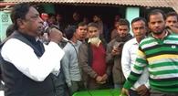 ग्रामीणों की समस्याओं से रूबरू हुए मंत्री