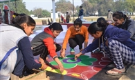 गणतंत्र दिवस पर हर तरफ उमंग और उल्लास