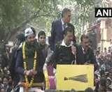 केजरीवाल ने रोड शो करते हुए कहा- दिल्ली में हर घर में 24 घंटे देंगे पानी