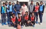 अलका, अंजली, अरुणा, इतिशा व अंजना की टीम जीती
