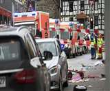 जर्मनी: अनियंत्रित होकर भीड़ में घुसी कार, 18 बच्चों सहित 52 लोग घायल
