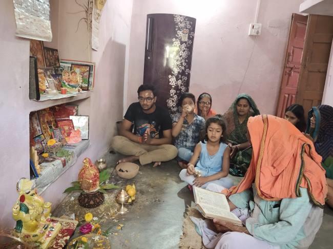 कलश स्थापना के साथ शुरू हुआ देवी का महापर्व