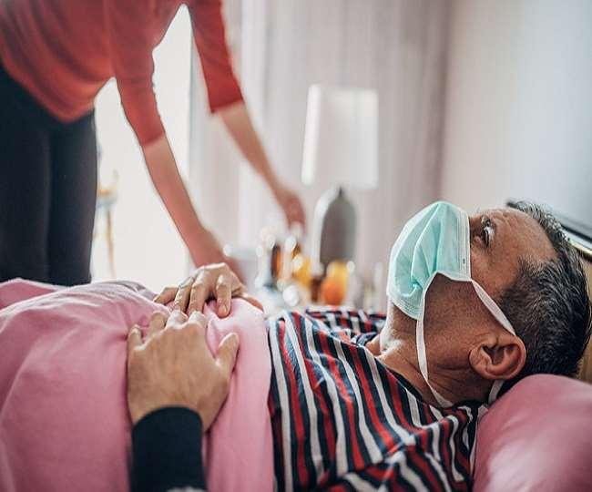 कोरोना संक्रमण को घर पर भी मात दे सकते हैं। (फाइल फोटो)