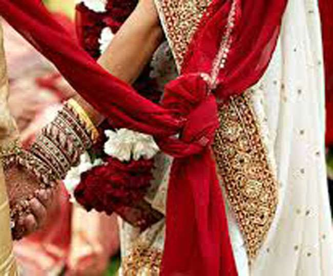 उत्तराखंड में अब शादी समारोह में शामिल हो पाएंगे सिर्फ 50 लोग। प्रतीकात्मक फोटो