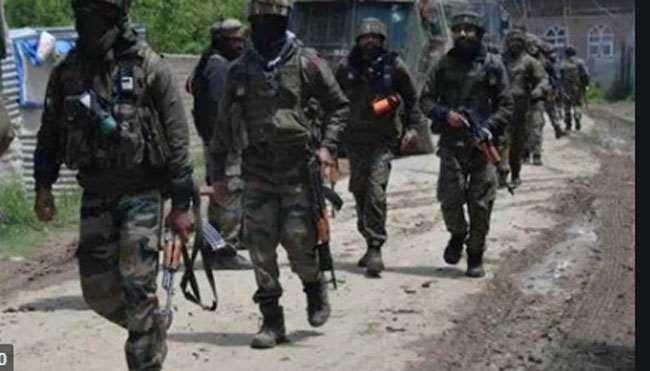 Encounter Jammu kashmir: कुलगाम में सुरक्षाबलों और आतंकियों के बीच मुठभेड़ में दोनों आतंकी ढेर, मोबाइल इंटरनेट सेवा बंद