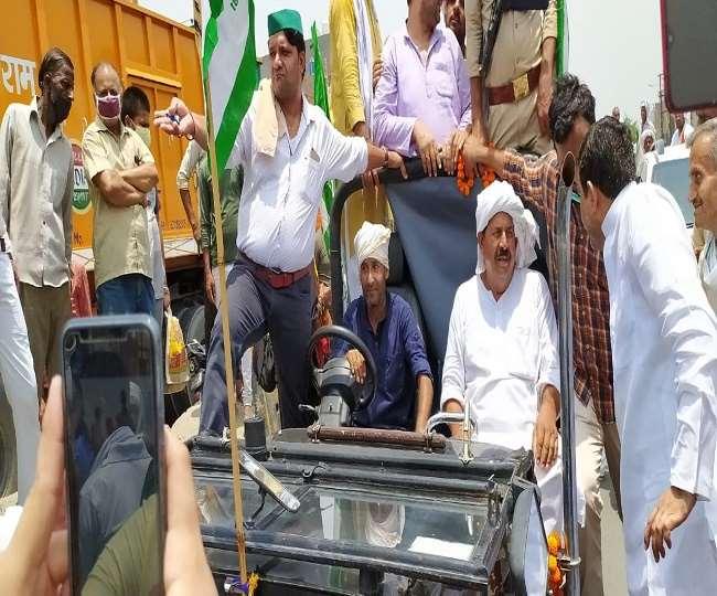 भाकियू अध्यक्ष नरेश टिकैत की ट्रैक्टर यात्रा के दौरान वेस्ट यूपी में जगह-जगह जाम