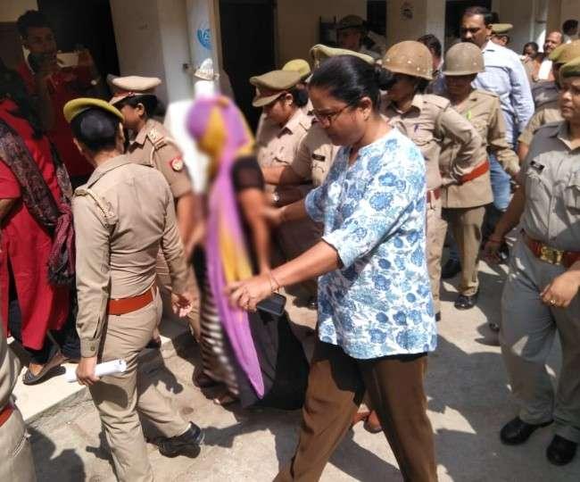 चिन्मयानन्द केस में आया नया मोड़, आरोप लगाने वाली लड़की पुलिस के हिरासत में!