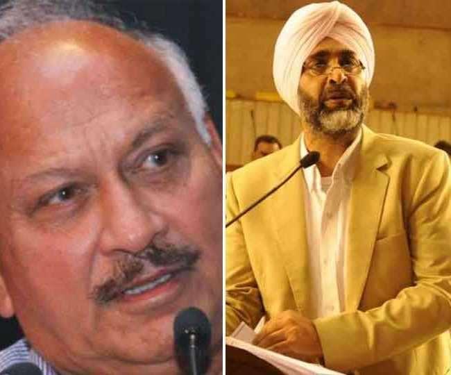 पंजाब की नई कैबिनेट में शामिल किए गए पुराने मंत्री ब्रह्म मोहिंदरा और मनप्रीत सिंह बादल। (फाइल फोटो)