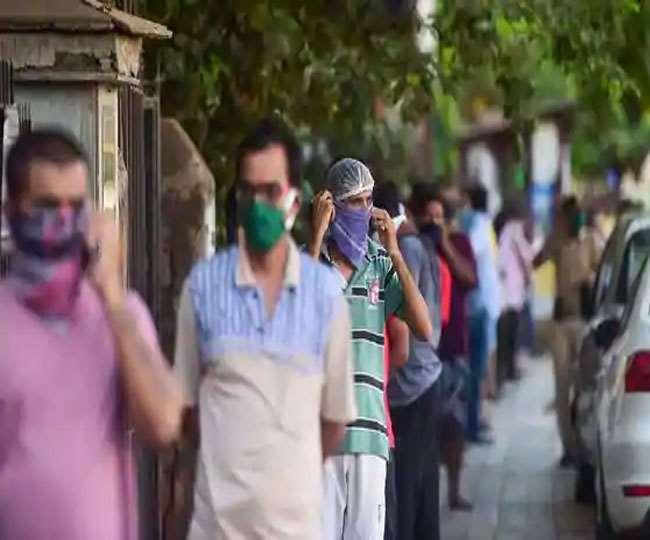 Coronavirus Updates: Covid-19 पर काबू पाने के लिए गृह मंत्रालय ने जारी किए नए दिशा-निर्देश