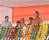 Republic day 2020: उत्तराखंड में गणतंत्र दिवस की धूम, राज्यपाल बेबी रानी मौर्य ने किया झंडारोहण