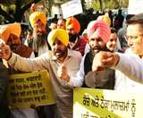 AAP MP भगवंत मान फिर विवाद में, लगा शराब पीकर पंजाब विधानसभा में आने का आरोप