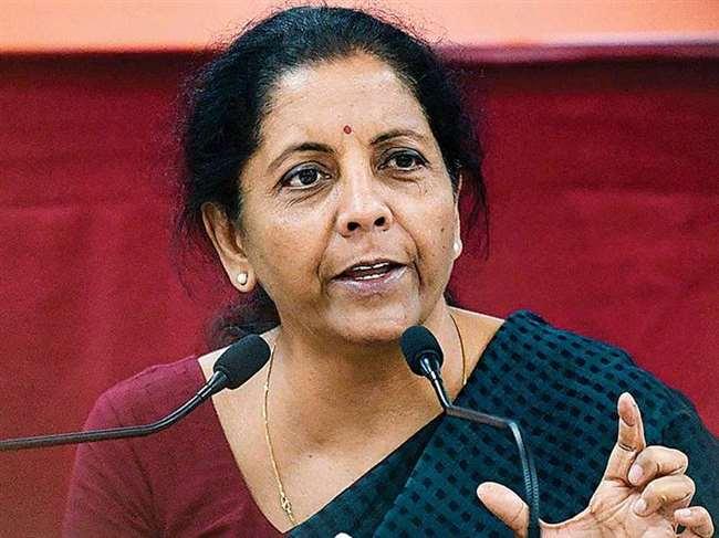 कोरोना से लॉकडाउन: 50 लाख का बीमा, 3 महीने मुफ्त सिलेंडर, अप्रैल से 2000 रुपये सीधे खाते में, जानिए वित्त मंत्री की बड़ी घोषणाएं
