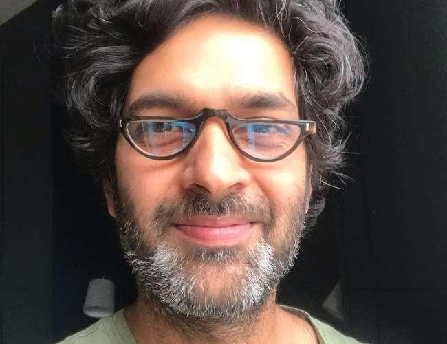 Purab Kohli back as Aakarsh in Out Of Love Season 2. Photo- Instagram