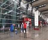 Delhi Airport: घरेलू उड़ानें शुरू होने के दूसरे दिन अभी तक 4 फ्लाइट्स रद, यात्री परेशान
